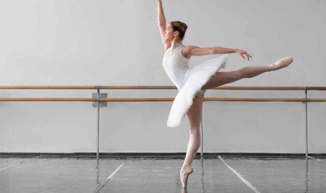 http://courses.alekom.kiev.ua/wp-content/uploads/2019/05/inner_event_dance_03-640x379.jpg